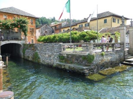 Orta San Giulio - Inizio del lungolago