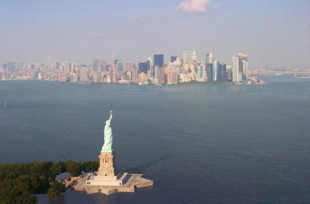 Nickolay Lamm - New York City sommersa dal mare - 3,5 metri