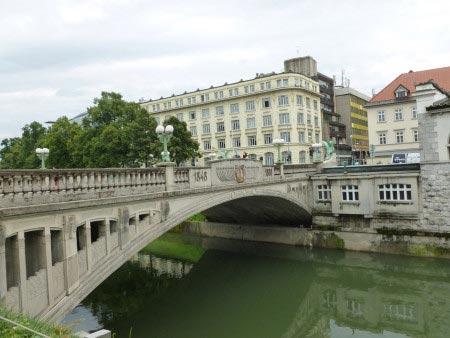Slovenia - Lubiana - Il ponte dei draghi