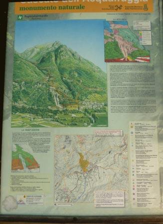 Cascate dell'Acquafraggia - Cartello informativo