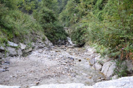Valle dei Mulini - Vista del torrente dal ponte