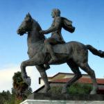 Alessandro Magno e Bucefalo con Nike - Statua