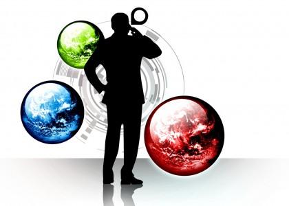 Ombra di uomo con tre sfere verde, blu e rossa